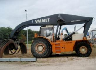 Valmet 1510 log wood handling truck SOLD